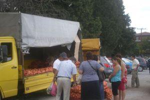 Προϊόντα χωρίς μεσάζοντες και το καλοκαίρι στην Καλαμαριά