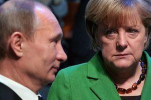 Ο Πούτιν καλεί τη Μέρκελ να πιέσει το Κίεβο να μην πάρει «απερίσκεπτες αποφάσεις»