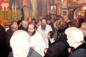 Τέλεση θείας λειτουργίας στον ανακαινισμένο Ιερό Ναό του Αγίου Βουκόλου