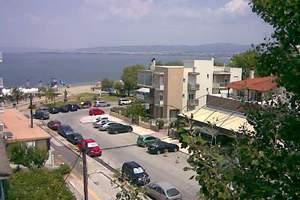 Σκοπιανοί αγοράζουν ακίνητα στην Περαία με βουλγαρικά διαβατήρια