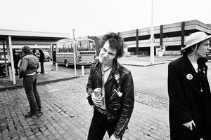 Σπάνιο φωτογραφικό υλικό από τους Sex Pistols