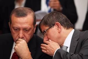 Ο άλλοτε στενός σύμμαχος του Ερντογάν που μετατράπηκε σε επικριτή του