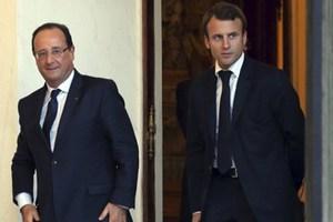 Αξιοπρέπεια ζητά η γαλλική κυβέρνηση