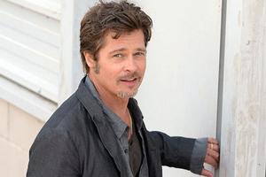 Οι πρώτες φωτογραφίες του Brad Pitt με βέρα