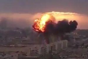 Αεροπορικά πλήγματα στο αεροδρόμιο της Τρίπολης στη Λιβύη