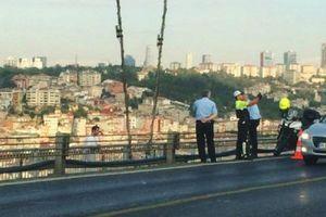 Αστυνομικός έβγαζε selfie την ώρα που αυτοκτονούσε ένα άντρας
