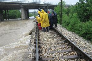 Προς ανοικοδόμηση το σιδηροδρομικό δίκτυο της Σερβίας