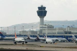 Αυξημένη η επιβατική κίνηση στα αεροδρόμια της χώρας