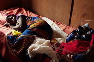 Νέος θάνατος από Έμπολα στη Σιέρα Λεόνε