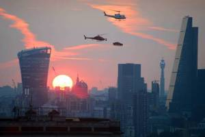 Ιπτάμενη …Jaguar στο Λονδίνο