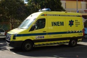 Οδηγός ασθενοφόρου σταμάτησε να βοηθήσει ηλικιωμένη και έφαγε κλήση