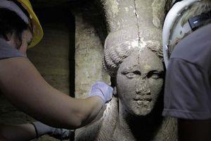 «Το μνημείο χρονολογείται στο τελευταίο τέταρτο του 4ου αιώνα π.Χ.»