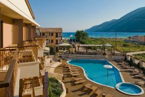 Κατρακυλούν οι ξενοδοχειακές τιμές στην Ελλάδα