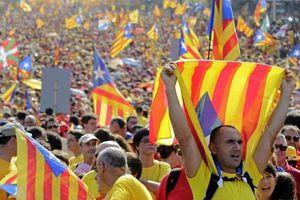 Το «όχι» στην ανεξαρτησία της Καταλονίας προηγείται του «ναι»