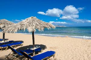 Ποιες είναι οι 19 ελληνικές παραλίες που έχασαν τη «Γαλάζια Σημαία»
