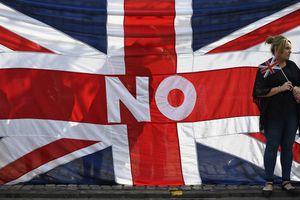 Χάνει έδαφος το «όχι» στην ανεξαρτησία της Σκωτίας