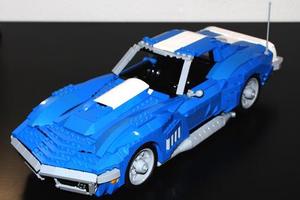 Μια Corvette... από Lego