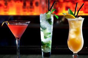 Εγκαίνια για το 47 Bar στο Χαλάνδρι