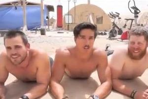Όταν οι στρατιώτες γυρίζουν βίντεο κλιπ