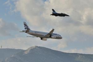 H AEGEAN «πέταξε» στο «Athens flying week- Αirshow 2014»