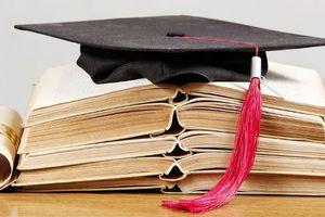 Είκοσι υποτροφίες σε μαθητές γυμνασίου και λυκείου