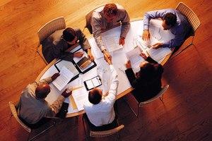 «Οι συσκέψεις στην εργασία δεν συνιστούν πάντα μέσο λήψης αποφάσεων»