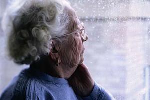 Έκλεβαν ηλικιωμένες ως «εκπρόσωποι» της Εκκλησίας