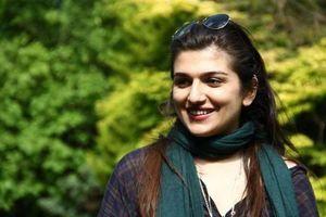 Σε απεργία πείνας μια 25χρονη Ιρανή