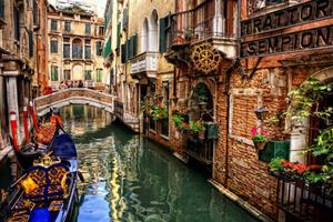 Χαμηλή η στάθμη του νερού στη Βενετία