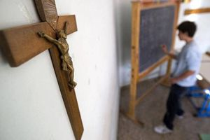 Η «Συννεφούλα» του Σαββόπουλου παραμένει στα Θρησκευτικά