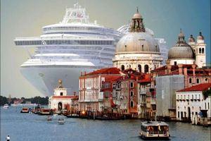 Όσοι επισκέπτονται τη Βενετία θα πληρώνουν είσοδο