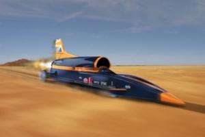 Το γρηγορότερο αυτοκίνητο του κόσμου τρέχει με χίλια μίλια την ώρα