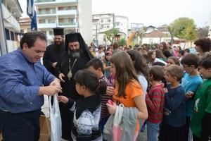Χιλιάδες σχολικά είδη από την «Αποστολή» σε 15.500 μαθητές σε όλη την Ελλάδα