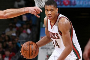 Υποψήφιος για αποκάλυψη της χρονιάς στο NBA ο Αντετοκούνμπο