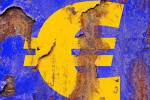 Πώς διαμορφώθηκαν τα οικονομικά της ευρωζώνης το 2014