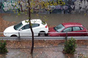 «Βροχή» τα προβλήματα στην Αττική από την νεροποντή