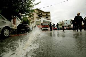 Ζημιές σε 580 ακίνητα και 168 οχήματα σε 25 δήμους από τις πλημμύρες