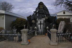 Σπίτια υπερπαραγωγές για το Halloween