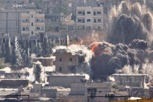 Βομβαρδισμοί και Κούρδοι έδιωξαν το ΙΚ από το Κομπάνι