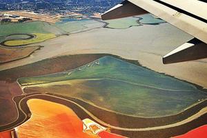 Μαγευτικές εικόνες από το παράθυρο του αεροπλάνου