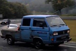 Nτριφτάροντας με ένα Transporter στο Νίρμπουργκρινγκ