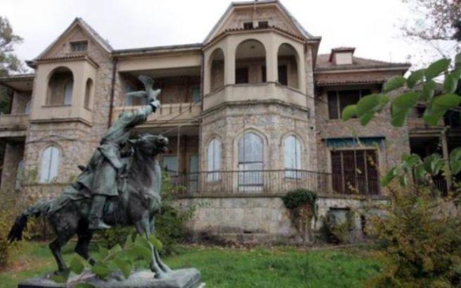 Ξεκίνησαν οι εργασίες αποκατάστασης στο πρώην βασιλικό κτήμα στο Τατόι