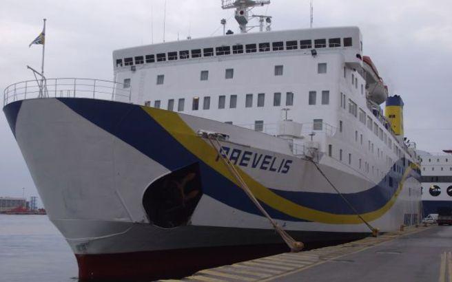 Εισροή υδάτων στο πλοίο «Πρέβελης» νότια του Σαρωνικού