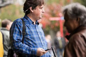 «Έξυπνα» ακουστικά που… μιλούν, δείχνουν τον δρόμο σε τυφλούς
