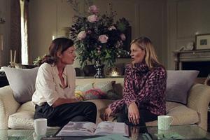 Η Kate Moss ανοίγει το σπίτι της στο Λονδίνο
