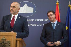 «Ευκαιρία για να βελτιωθούν οι σχέσεις Αλβανίας- Σερβίας»
