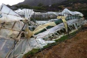 Ανεμοστρόβιλος «ρήμαξε» θερμοκήπια στην Κρήτη