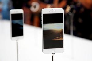 Σε τρεις μήνες πουλήθηκαν 74,5 εκατ. iPhones