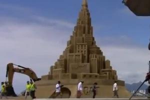 Ένα κάστρο στην άμμο που πάει για ρεκόρ Γκίνες