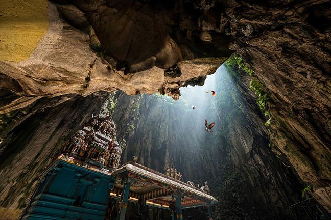 Σπηλιές Μπατού